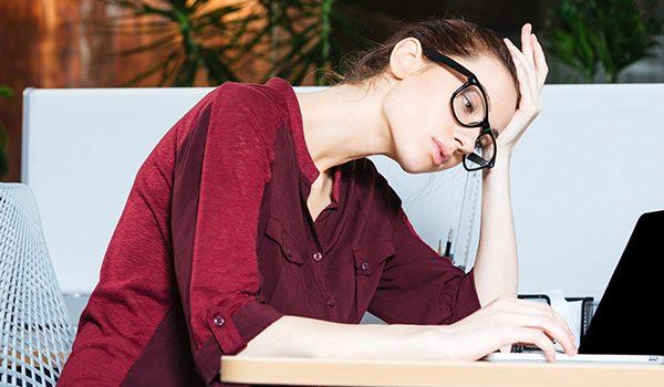 Forstyrrelse og distraktioner truer sundheden og arbejdsglæden